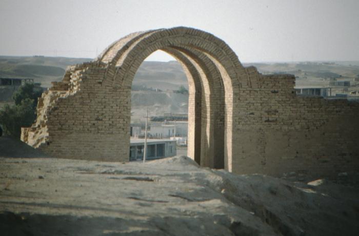Assur, Torbögen, Rekonstruktion