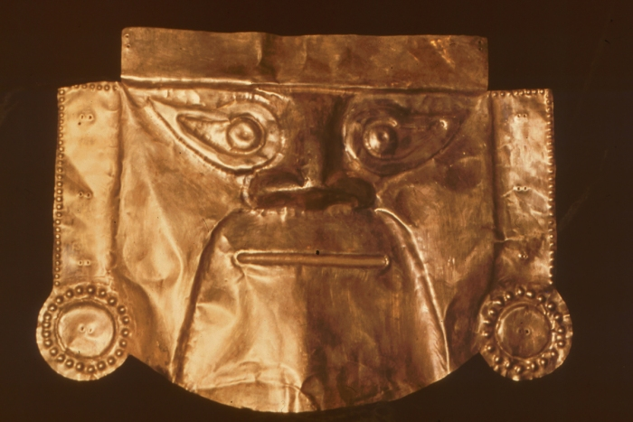 Totenmaske aus Gold, Lima, Peru