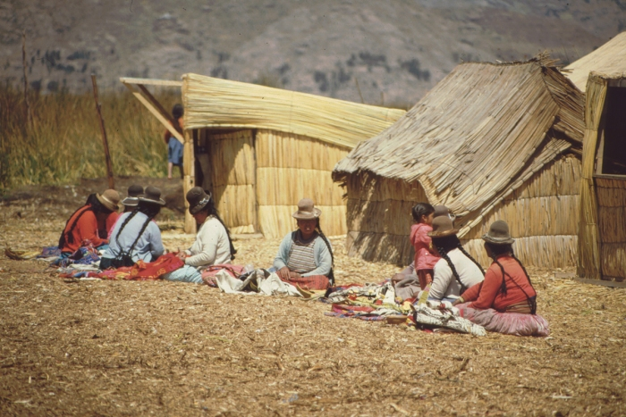 Uru-Insel, Händlerinnen, Titicaca-See, Peru