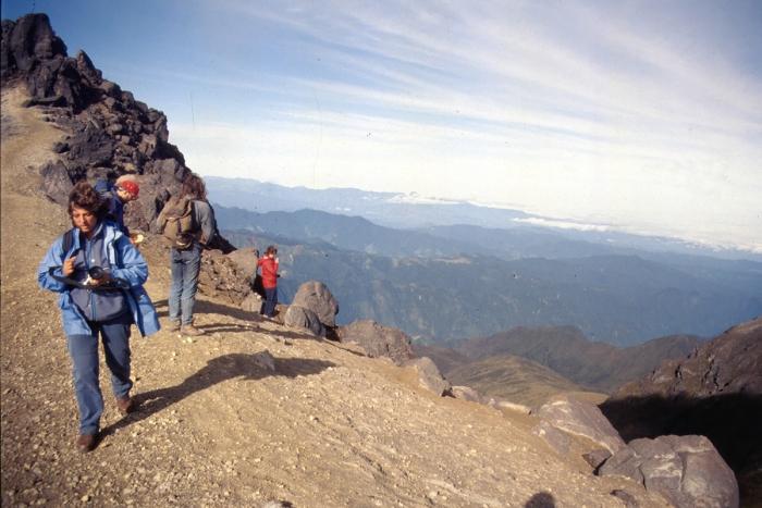Vulkan Pichincha, Aufstieg zum Kraterrand