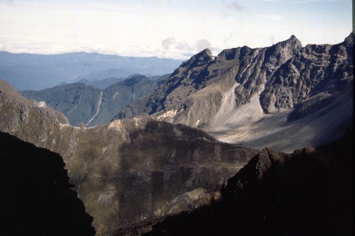 Vulkan Pichincha, Krater