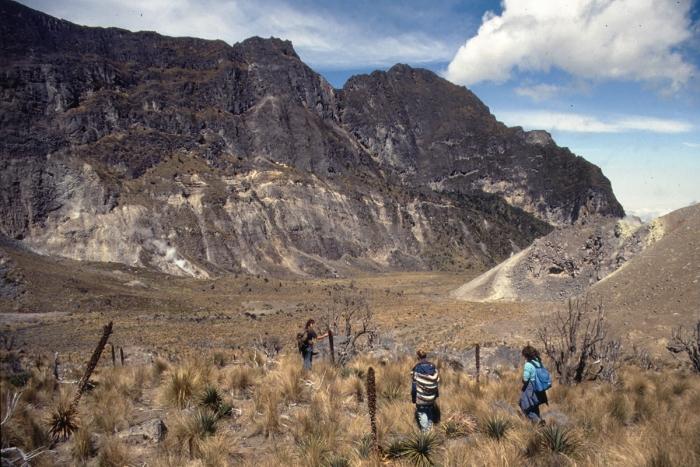 Vulkan Pichincha, Kraterboden
