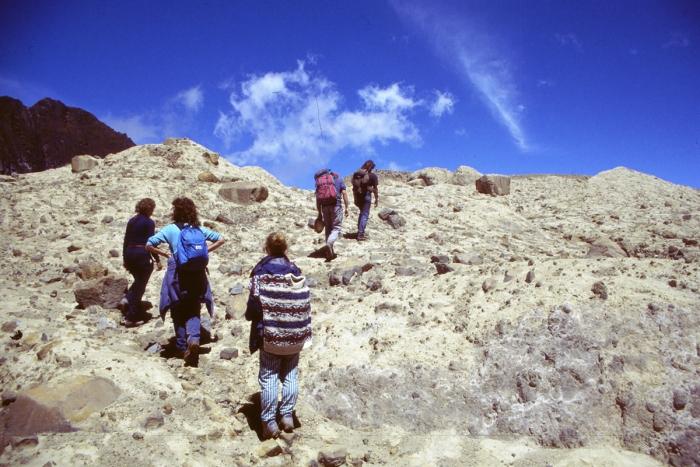 Vulkan Pichincha, Weg zum Krater im Krater